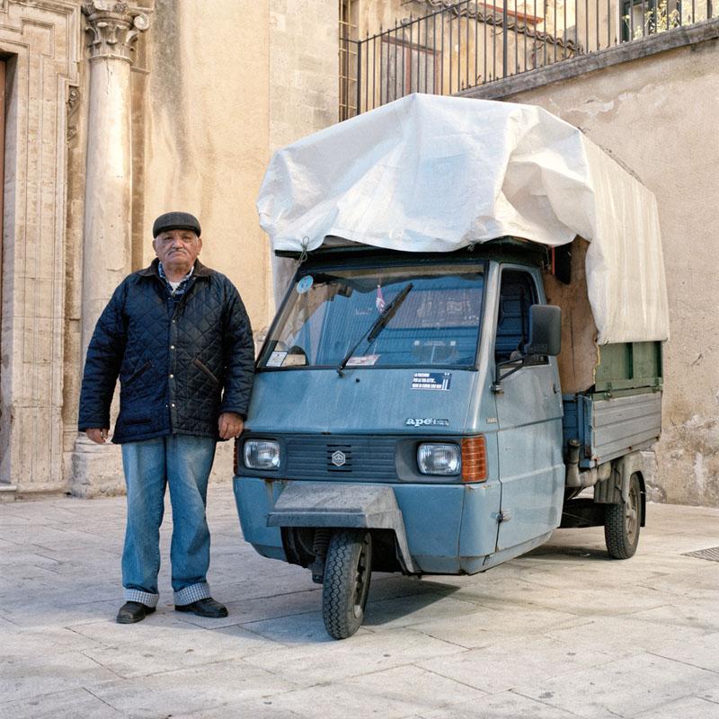 """Piaggio Ape TM P703 - Pasqualino Vinci - Peddler of """"calia"""" and """"semenza"""""""